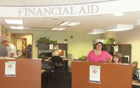 Student loan default rates rise