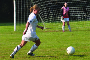 Women's soccer season looks strikingly strong