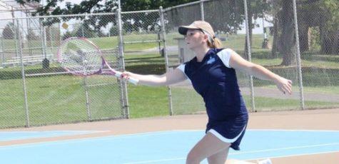 Women's Tennis Off to a Bumpy Start